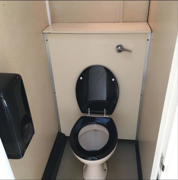 3 = 1 toilet trailer