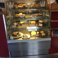 Ambient Pastry Case