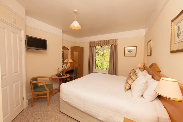 ex copthorne hotel bedroom sets