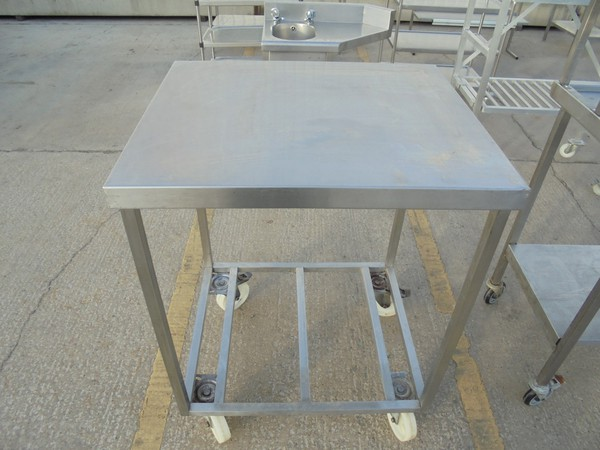 Uses Stainless steel stand for sale