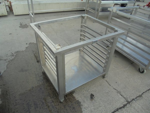 Used Fagor stainless steel oven stand. Holds 7 x 53cmW x 53cmD trays