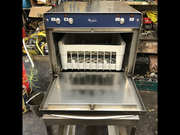 Selling Whirlpool Compact Undercounter Glasswasher