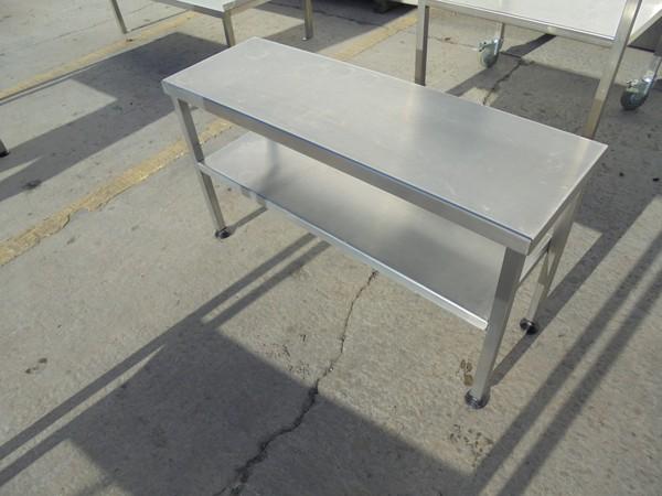 Gantry stand