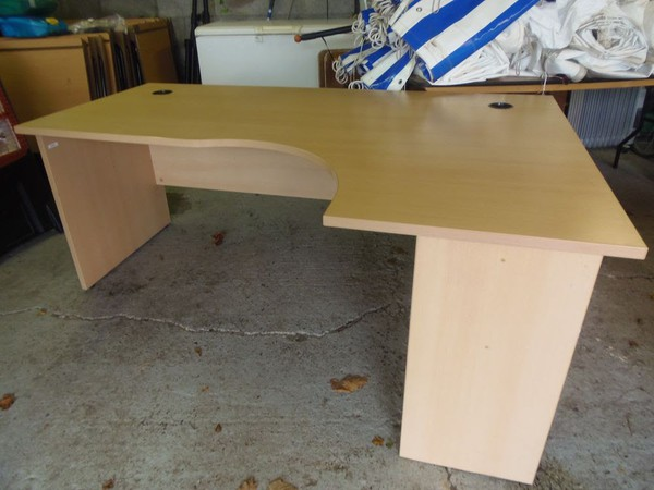 Secondhand office table