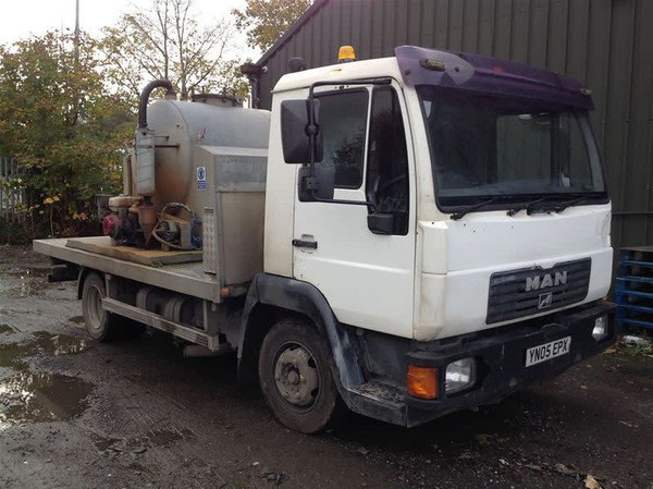 Toilet truck for sale