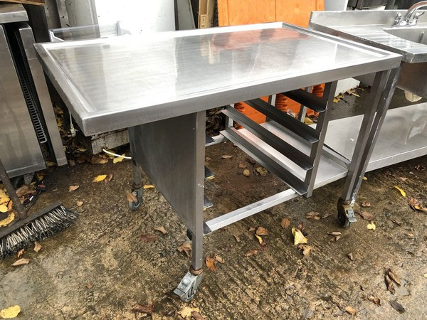 Steel dump table UK