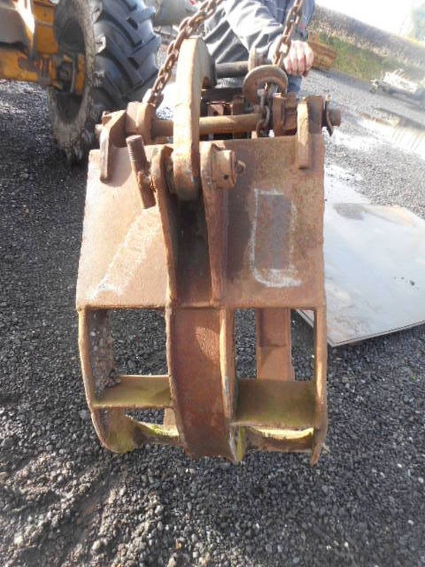 Used digger hand UK