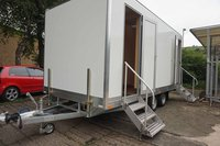 3 + 1 toilet cabin