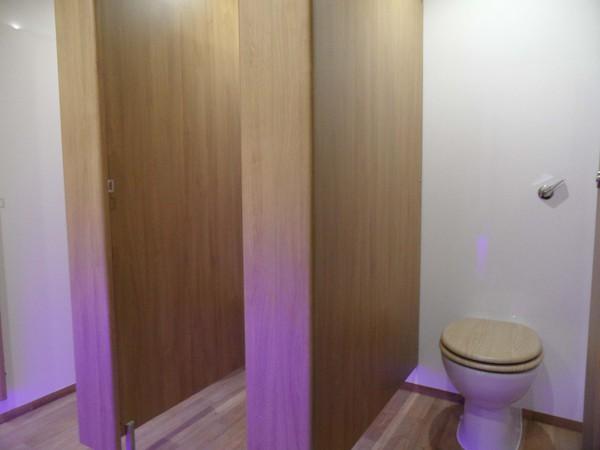3 + 1 toilet block