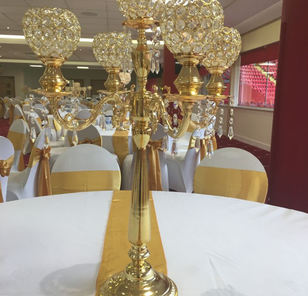 Gold table props