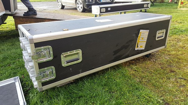 stand flight case