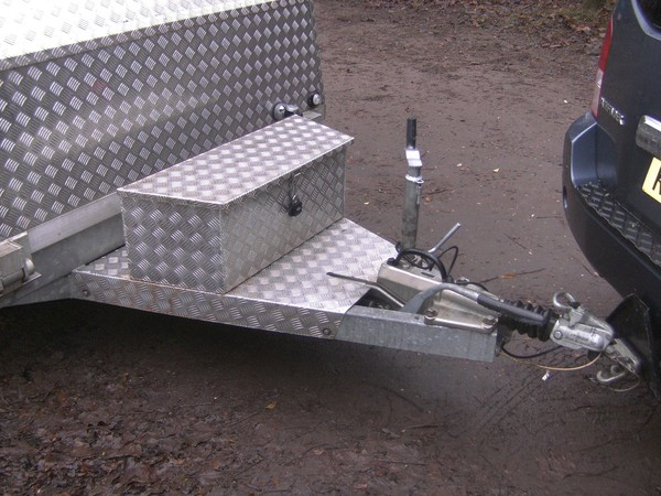 Unique 14Ft Alloy Transporter 2600Kg Shuttle / Box Trailer
