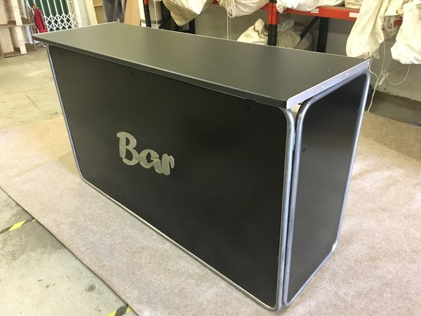 Portable Floormakers Bar