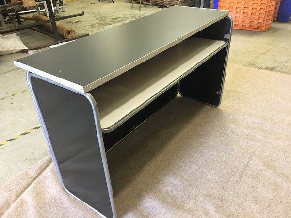 Portable Floormakers Mobile Bar