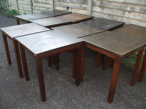 17x Wooden Tables (CODE T 1367)
