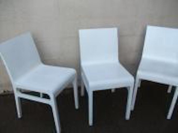 18x White Shabby Chic Chairs (CODE DC 551A)
