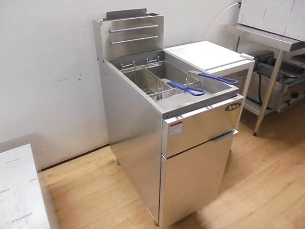 Twin basket fryer (Gas)