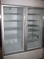 Double door display freezer