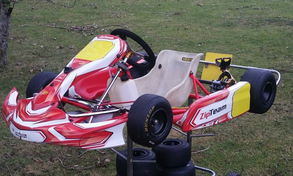 Zip Eagle Kart In Factory Team Red 2015 For Iame Cadet or Comer Cadet Engines