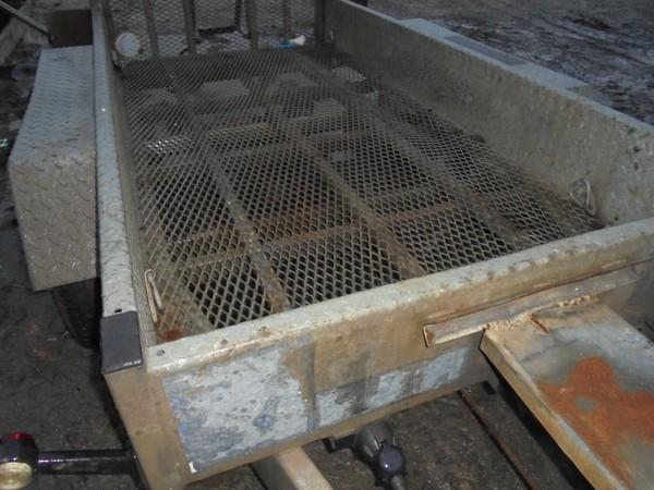 mesh bottom plant trailer 2600kg