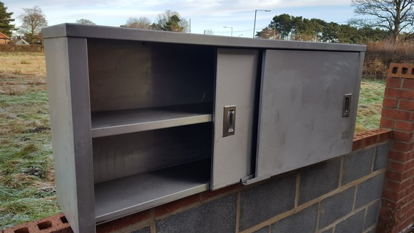 Used kitchen cupboards