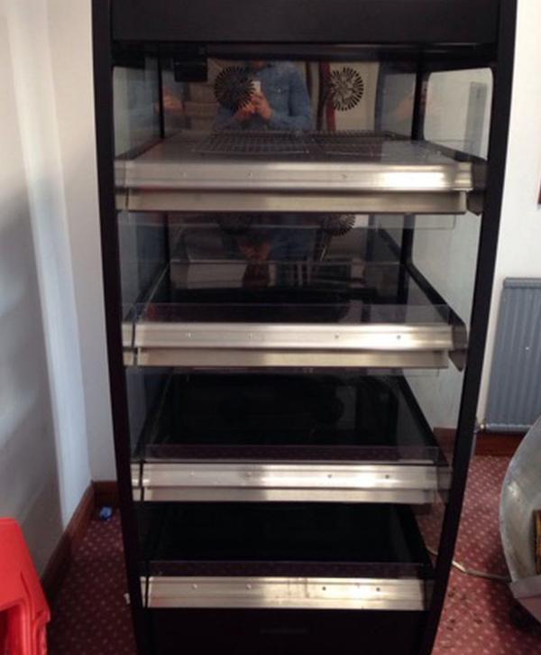 4 tier heated display