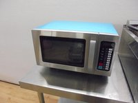 Valera EM015 1000 Watt Programmable Microwave