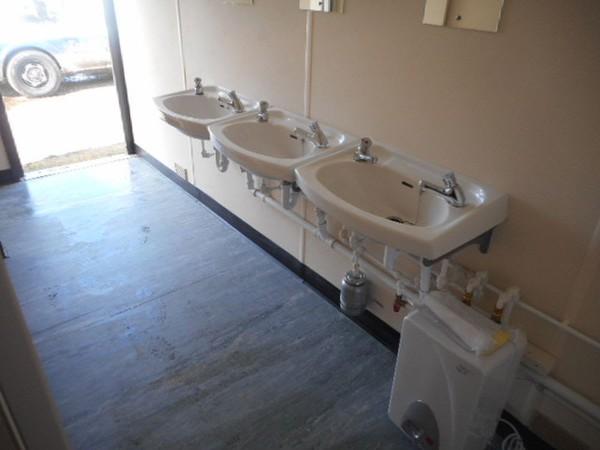 4 + 3 toilet block for sale