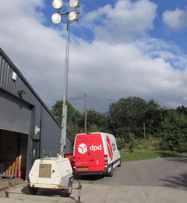 Flood lighting with generator trailer