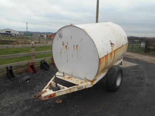 Bunded diesel fuel tank