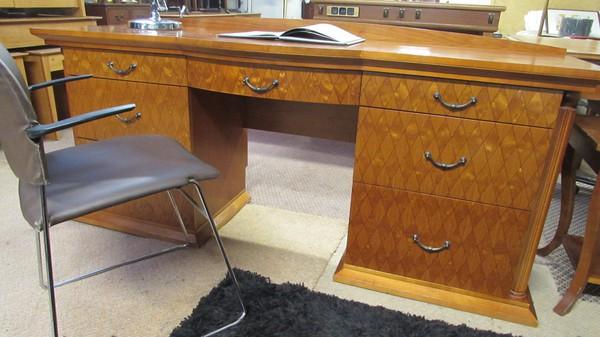 Chequerboard Desks
