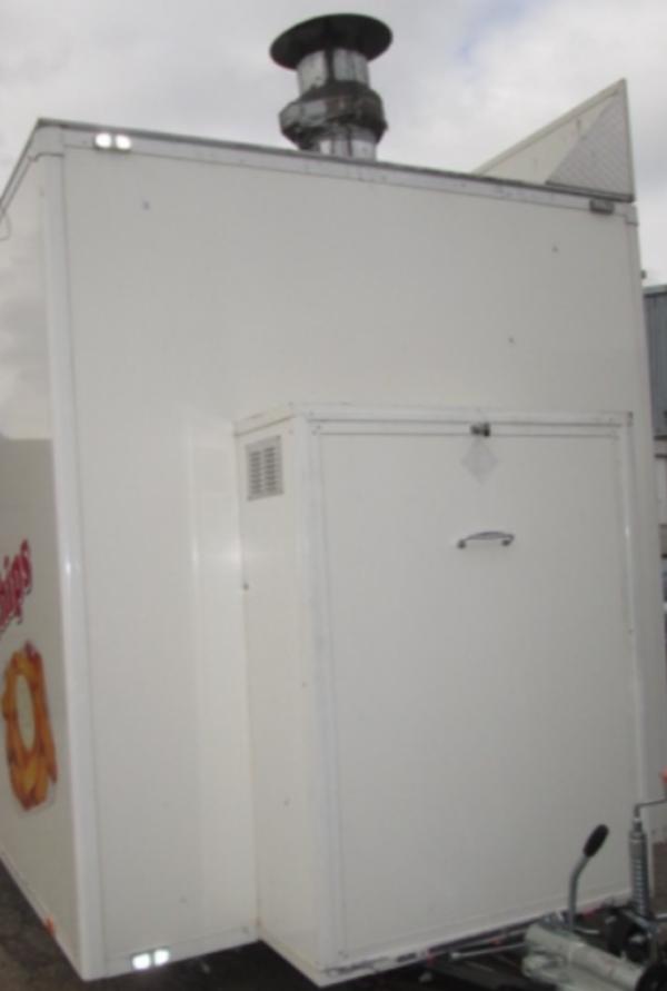 A & R kitchen trailer