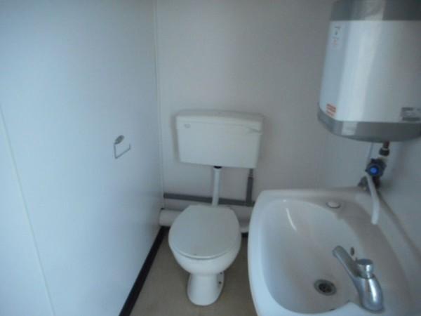 Portable toilet unit for sale