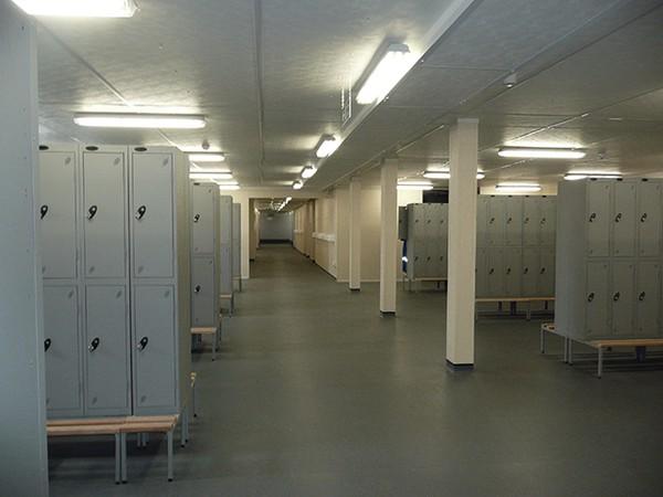 Mobile locker room
