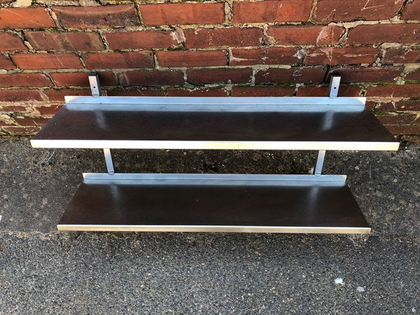 Twin shelves - Commercial kitchen