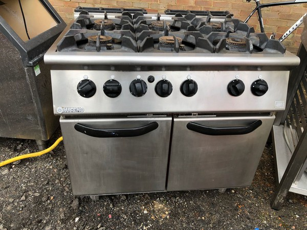 Secondhand gas range cooker for sale