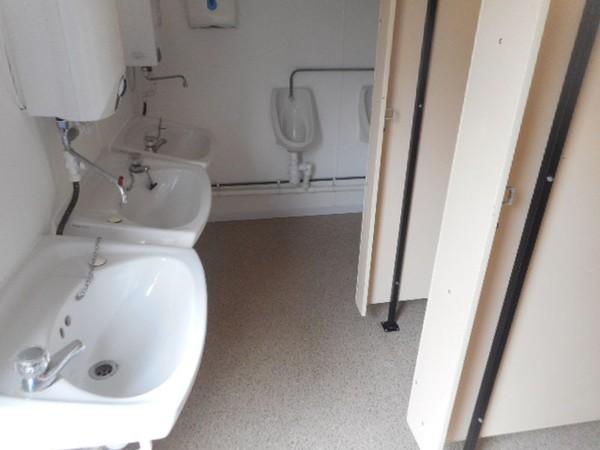Gents site toilets