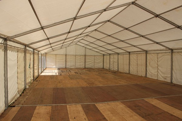 Clear span marquees with board floor