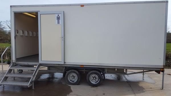 Mobile urinal unit