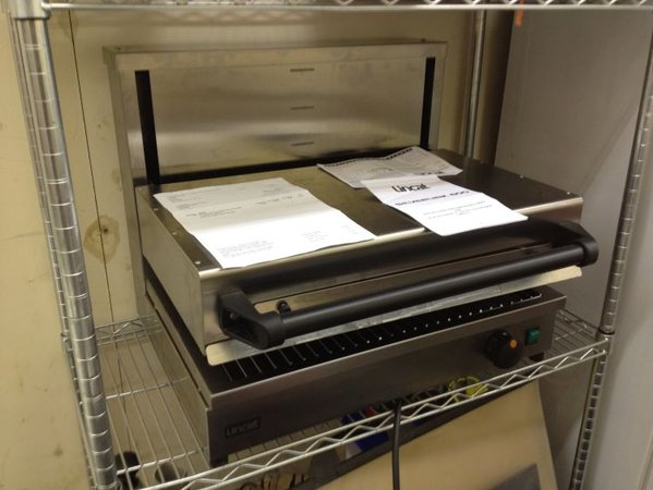 Lincat Salamander with Vertical Travel Grill - London