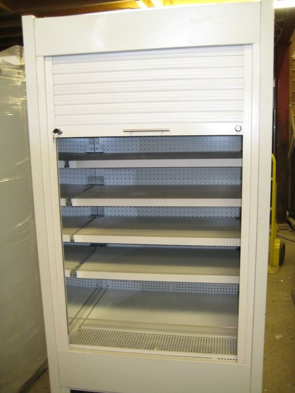 Frost Tech WD85/100 With Roller Shutter
