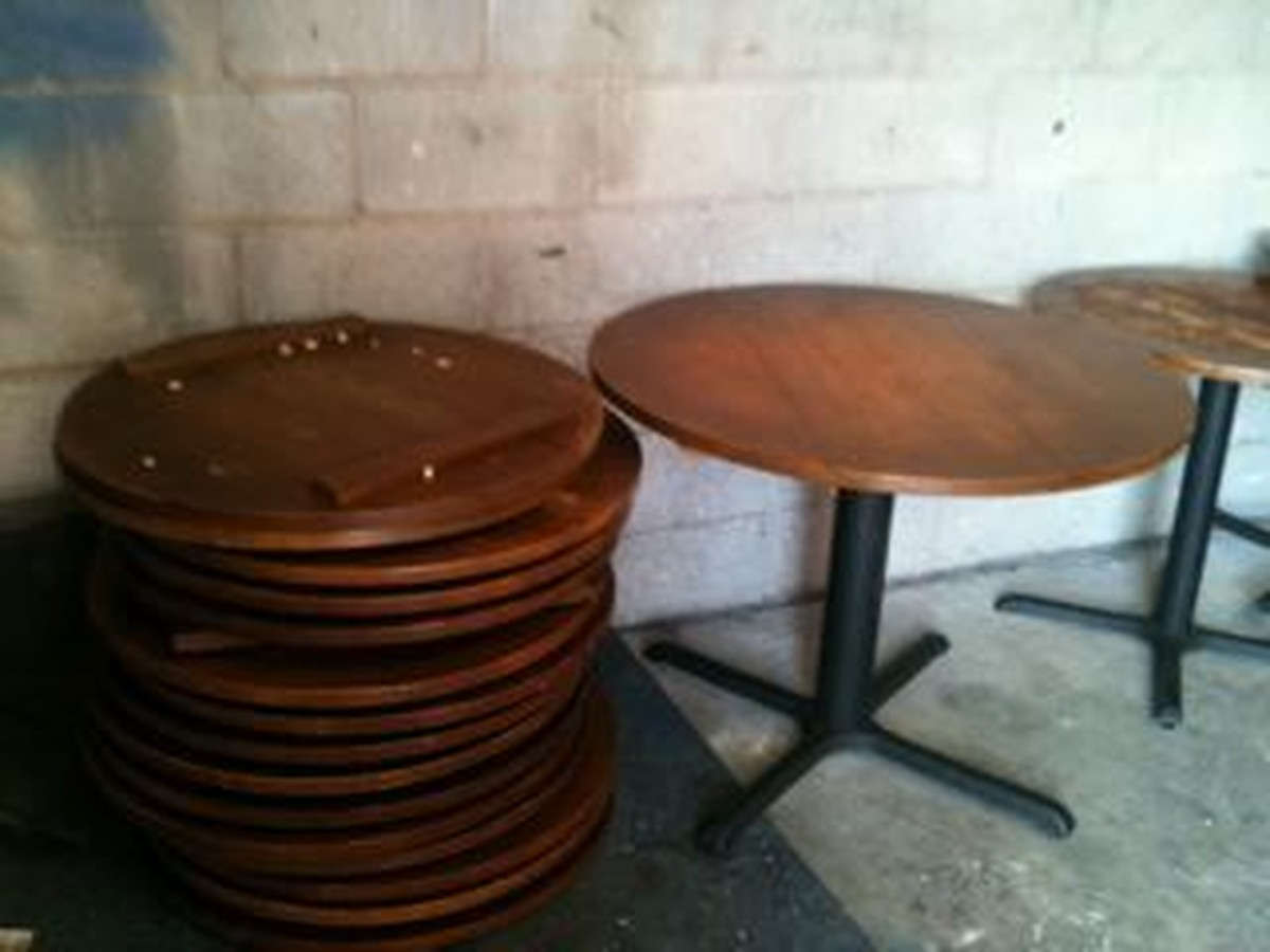 Secondhand chairs and tables pub bar furniture job