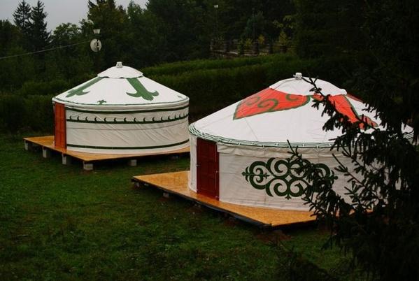 Painted 6m yurt hire