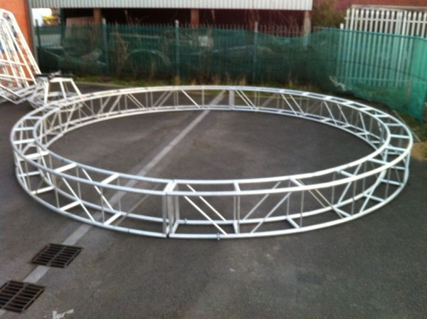 2x Box Truss Circle and Octagon for sale
