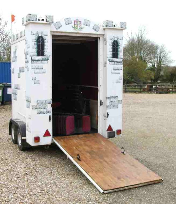 Box trailer loading ramp