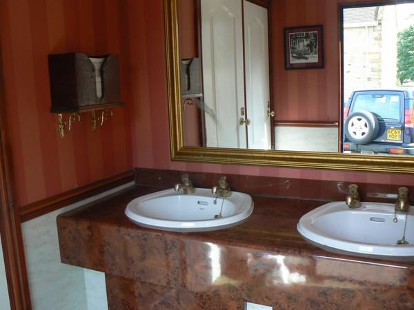 Navy Blue 2+1 Luxury Toilet Trailer - Northants 2
