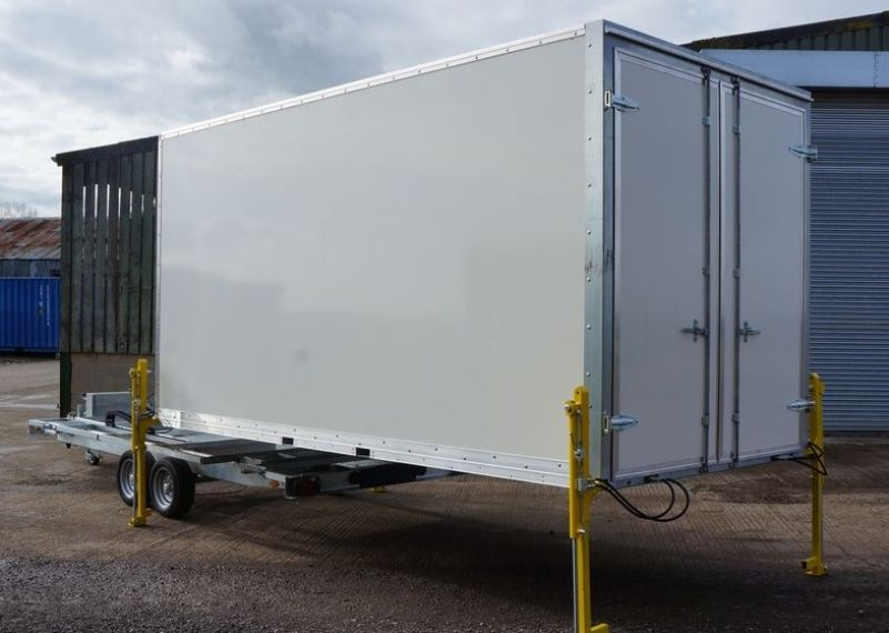 Secondhand portable buildings exhibition trucks and for Case container 974