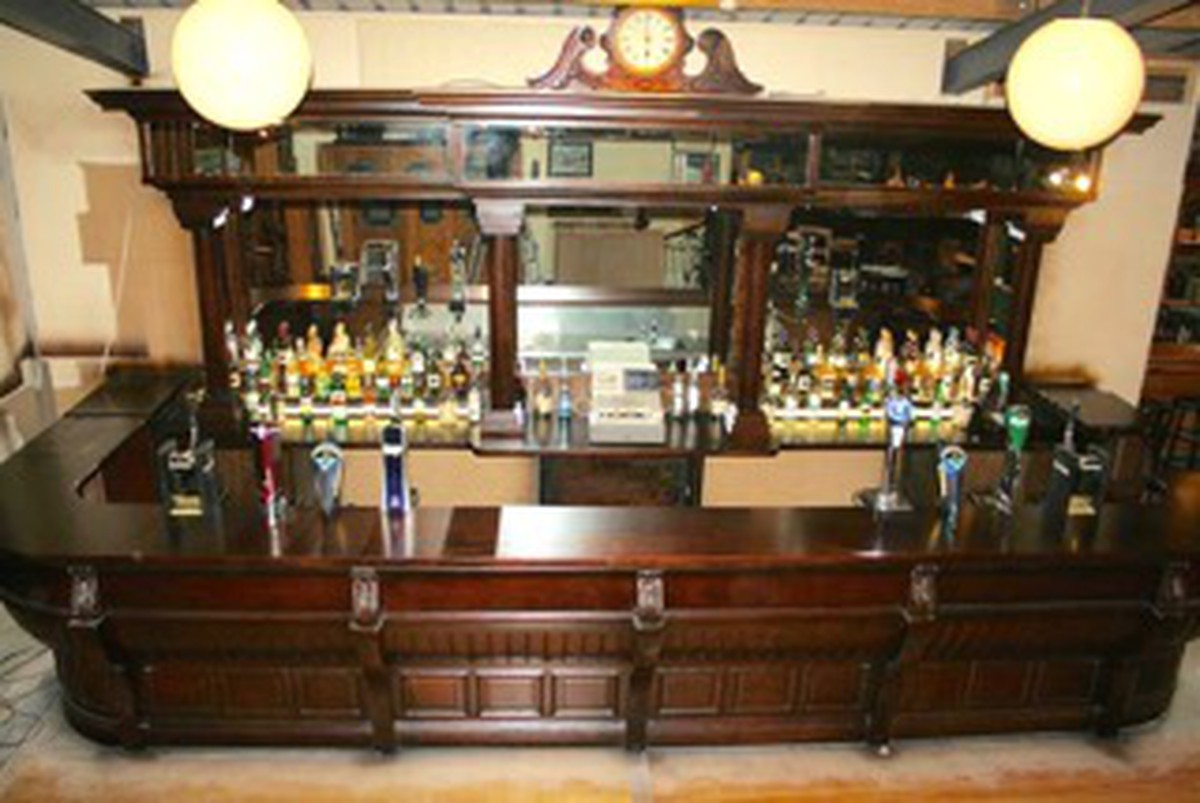 Secondhand Vintage and Reclaimed | Bar and Pub | Mahogany ...