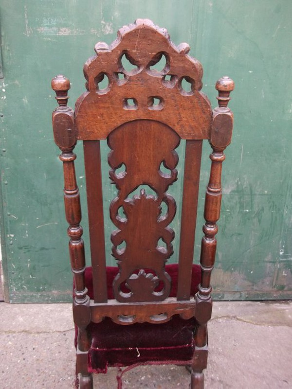 Carolean 18th Century Scallop Carved Chair Set to buy