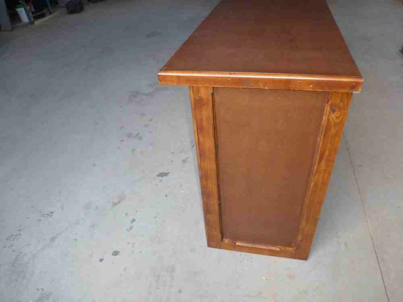 Secondhand pub equipment bar equipment and coolers 2x for Wooden bar unit
